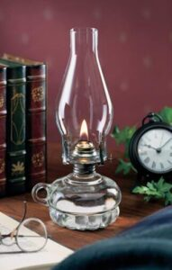 Lamplight oil lantern table lamp