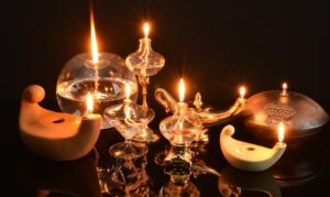 how do ancient oil lamps work