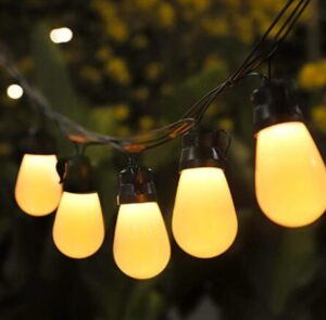outdoor garden string lights