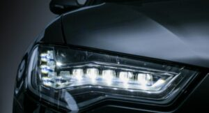 difference between hid and led
